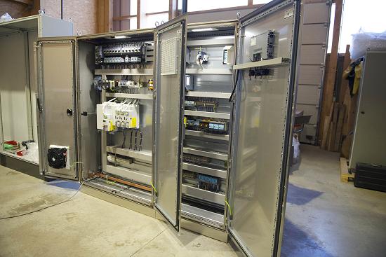 Những ứng dụng của tủ điện công nghiệp trong đời sống