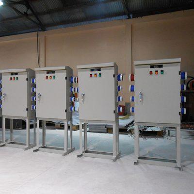 Nhiều tính năng tiện ích khi sử dụng tủ điện thi công