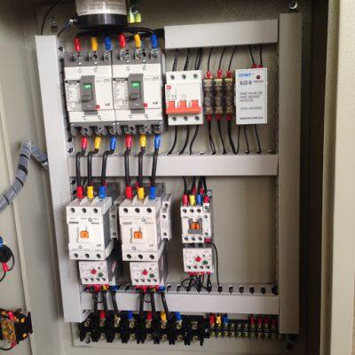 Tủ điều khiển bơm đảm bảo an toàn cho thiết bị